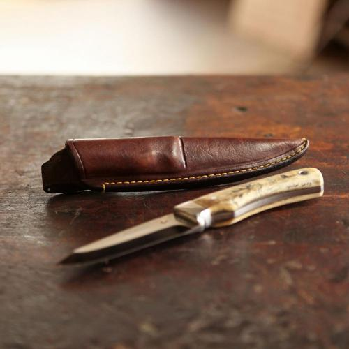 The Jagersfontein Custom Knife Sheath, leather product, knife, handcrafted, yellow stitching